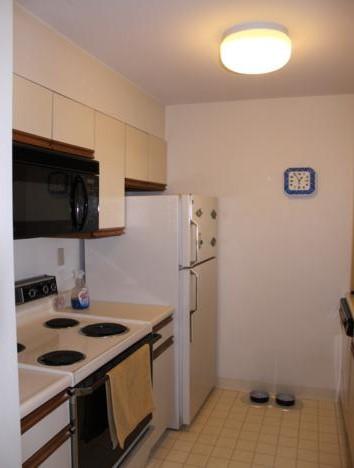 Unit 315- Kitchen