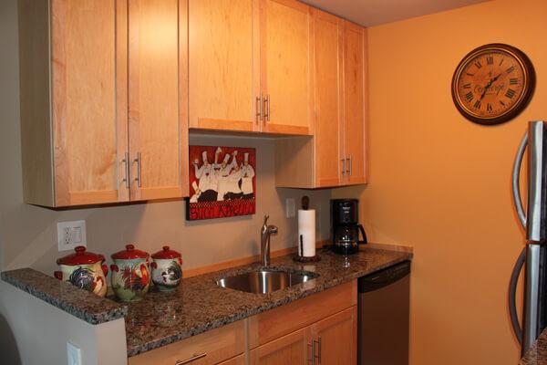 breakwater-condo-unit-201-kitchen-cabinets