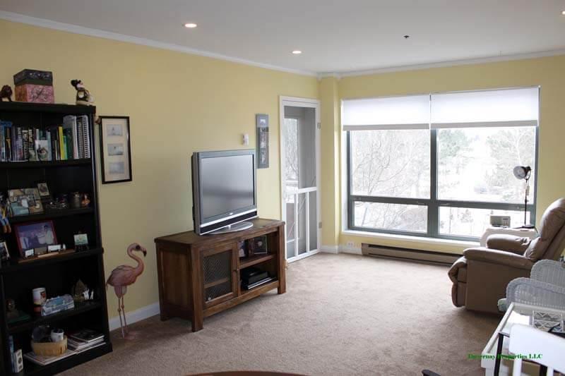Unit 317 - Living Room